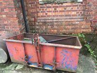 Tractor lift box