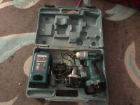 Makita Drill 18V (Excellent Working Order & 2 Battieres) with Box - Pickup Chesham (Bucks HP5) -