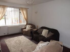 2 Bed Flat to Rent ASAP