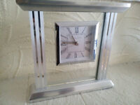 NEW LONDON CLOCK COMPANY MANTLE CLOCK GLASS SILVER WORTH £50 LEICESTER