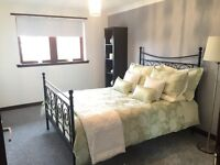 A Large 2 bedroom SERVICED APARTMENT Cornwall Street, Glasgow, G41 1AQ