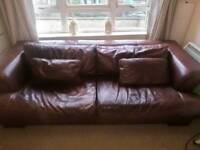 3+2 Leather Sofa. Italian design