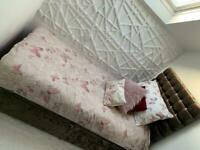 Divan Crushed Velvet Single Bed with mattress