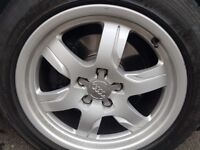Set of 4 geniune audi a5 17' alloy wheels. 225 50 tyres 6 spoke