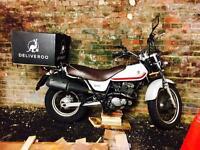 Suzuki Van Van RV 125 Motorbike