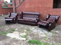 LEATHER CHESTERFIELD SUITE ANTIQUE BROWN LEATHER WITH 2 RECLINER CHAIRS VERY CLEAN SUITE CAN DELIVER