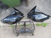 SUZUKI BANDIT 1200 MK2 TOP FAIRING BRACKET & TOP FAIRING PANELS