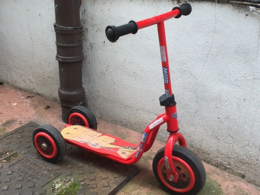 Cars Lightening McQueen Scooter