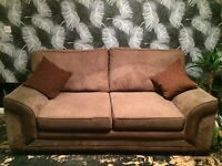 3+2 SEATER SOFAS VERY GOOD CONDITION