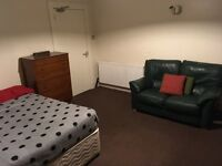 Double Room, City Centre (On River Dee), £350pcm (bills inc, no fees).