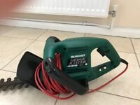 Qualcast Hedgemaster 421 Electric Hedge trimmer