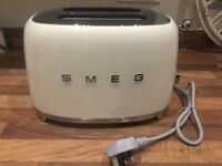 Toaster -Smeg cream 2 slice retro toaster. Brand new