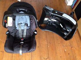 Graco car seat group 0+ and car seat base