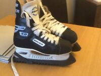 Bauer Ice Skates UK Size 5.