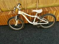 Kids specialized bike 20 inch wheel