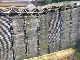 2000+ reclaimed Marley concrete roof tiles