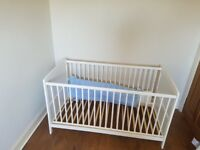 Cotbed/ junior bed