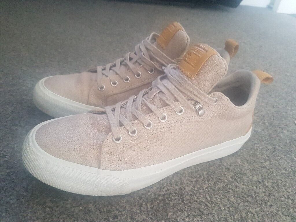 2143b79d0ad6 Men s converse trainers size 8