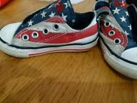 Converse Stars and Stripes Kids size 6