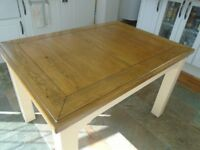 Extendable Kitchen / Dining Table, Real Oak, Excellent Condition, Seats up to 8