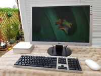 Apple Mac-Mini With LG 22 inch Monitor and Office 2011