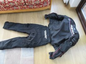 Motorcycle suit made by Arlen Ness
