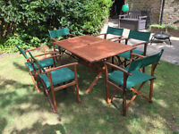 Wood Gardent Table and 6 Chairs.