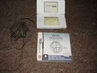 NINTENDO DS LITE MINT CONDITION