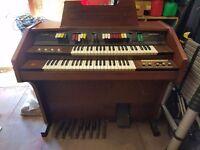 Howard Skyline electric organ