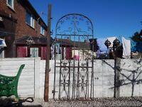 wrought iron gate / garden gate / driveway / side gate / metal gate / tall gate / entry gate / house