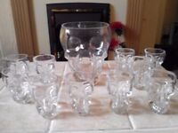 Glass Skull Bowl And 10 Shot Glasses, Great For Halloween Parties