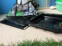 HOUSE CLEARENCE * replaceable BRAND NEW OVEN TRAYS inserts oven two trays and two grills grates