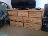 Beautiful chest of drawers BARGAINNNNN