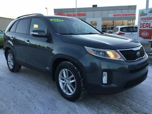 2014 Kia Sorento LX | Heated Power Seats | Lumbar Support