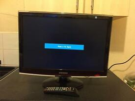 "SAMSUNG 22"" DTV MONITOR AND TV"