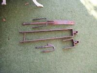 Five Bar Gate Set of Hinges and Latch