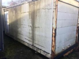 Truck body / container