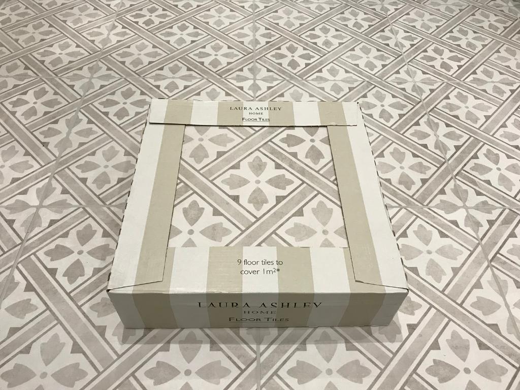 Laura Ashley Mr Jones Dove Grey Floor Tiles 1 Box