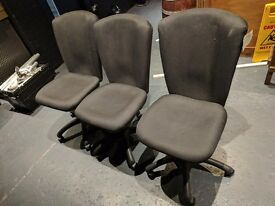 4x Black office chairs £6 each or all four for £20!!! BARGAIN!!!