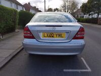MERCEDES BENZ C CLASS // AUTOMATIC SILVER // HEATED LEATHER