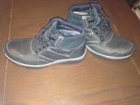 Clarks Hire-tex boots 8.5