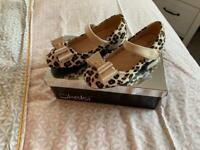 Girls shoes (size 10)