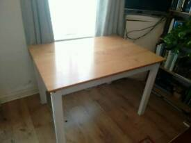 4 seater pine table