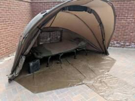 Night fishing setup, Pro-logic 2 man bivvy, Nash XL Bed,