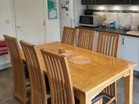 Solid Oak Dining Table with 6x Solid Oak Chairs