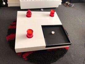 Whit / Black Designer Coffee Table