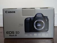 Canon EOS 5D Mark III (3) - Fully Boxed in Perfect Condition