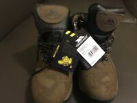 Ladies Trespass Yukon Walking Boots Size 5 / 38 Green/Black DofE