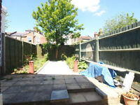 Recently Refurbished 5 Bedroom Property in the Heart of Tottenham Close Walk to Seven Siters Tube