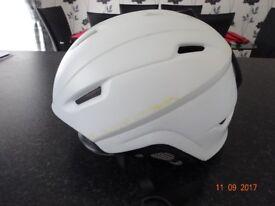 Ladies ski helmet